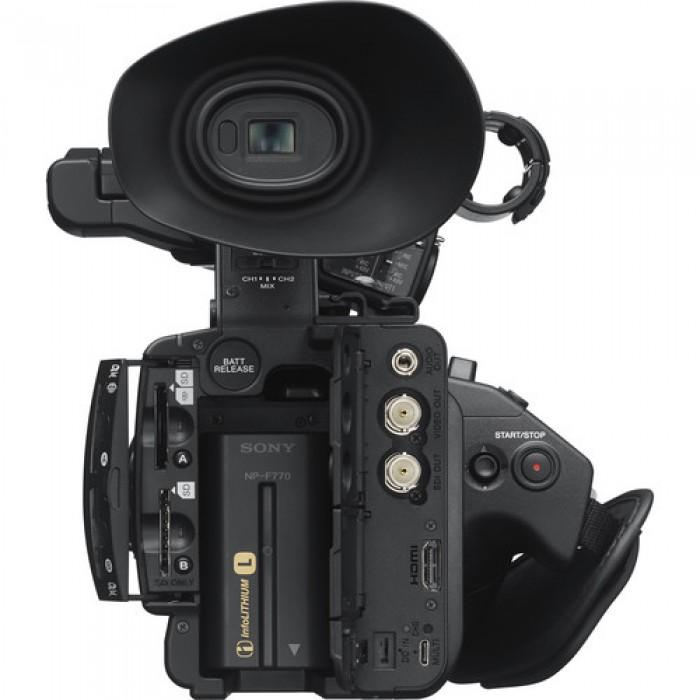 Full-HD Компактный камкордер с 3 матрицами CMOS